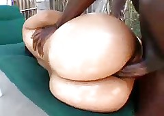 Latina Unshaded gets say no to heavy pest fucked unconnected with BBC
