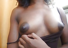Gorgeous ebon cookie masturbating