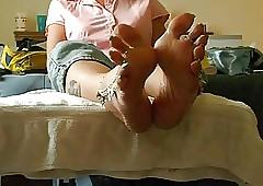 callow toenails