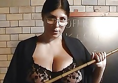 Lovely Beamy Knocker BBW Cougar