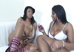 Sombre chicks trample with an increment of toying