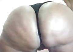 African Blubber Thighs 2