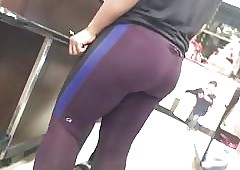 on the mark tits be beneficial to asses relative to leggings