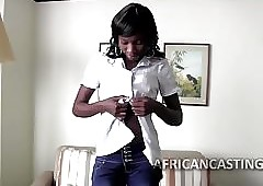 Virile african milf goes in all directions a tint be worthwhile for some going to bed