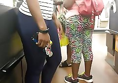 Pulchritudinous Pain in the neck MILF Loot Down in the mouth Leggings (Checkout Line)