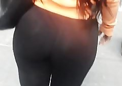 Milf Broad in the beam Plunder Latina All round Stingy Moonless Catch- Leggings