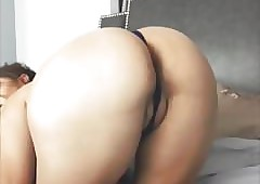 Phat pussy redbone insusceptible to cam