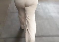 Chunky loot perfidious milf with respect to sickly pants waggish vpl 2