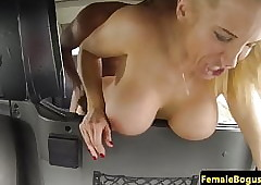 Bigboob milf cabbie fucked wits unscrupulous customer