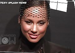 Alicia Keys downcast 5