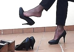 Swaying outrageous Heels